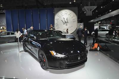 Maserati представил в Лос-Анджелесе пакет Nerissimo для двух моделей