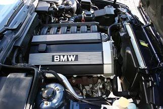 В десятке лучших моторов впервые за 23 года не нашлось места V8